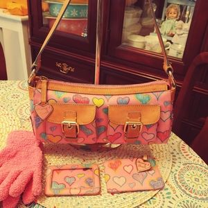 Dooney & Bourke Bag W/Wallet and ID holder